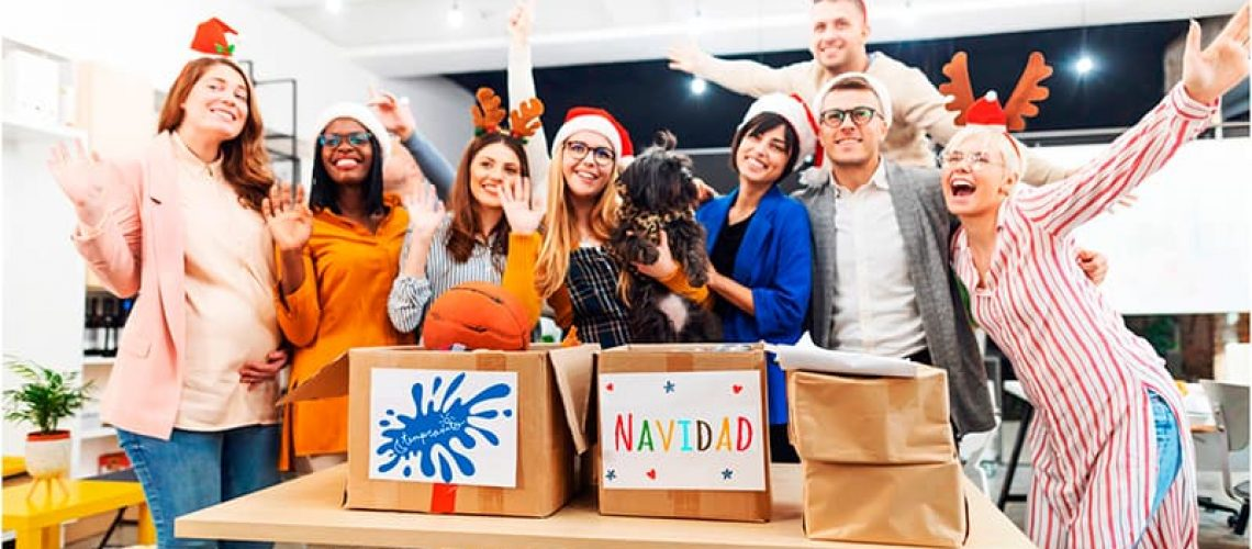 Celebrar la Navidad con los compañeros de trabajo